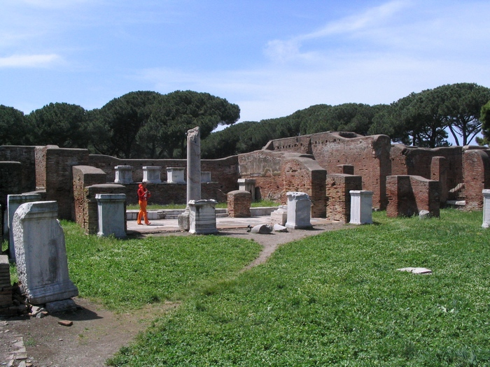 Ostia, Barracks of the Vigiles (1)