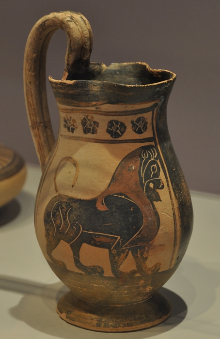 Thessaloniki, Corinthian Pottery with a lion