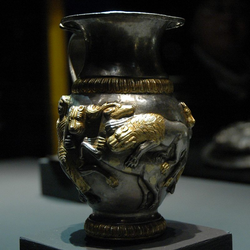 Rogozen Treasure, jar with lion and bull