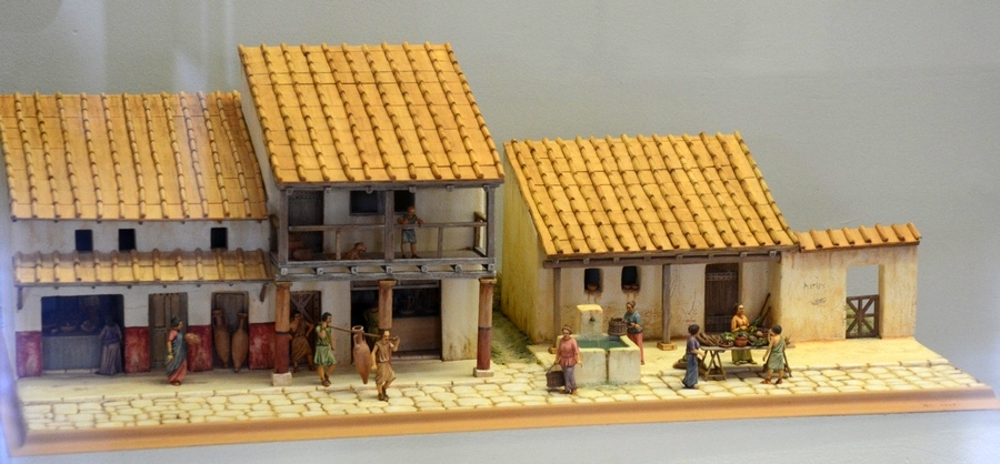 Reims, Model of urban houses