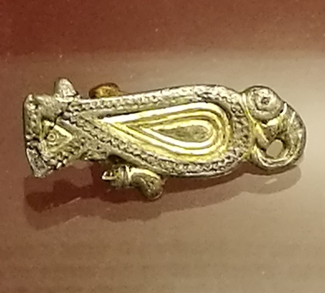 Dorestad, Bird-fibula of gilded silver