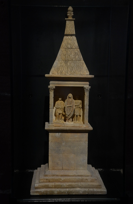 Strasbourg, Mausoleum of the Valerii (model)