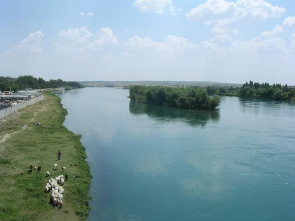 The Euphrates at Birecik (Turkey)
