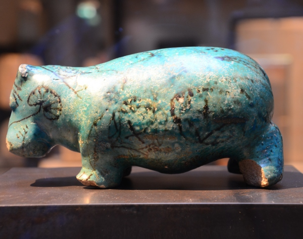 Thebes, Statuette of a hippopotamus