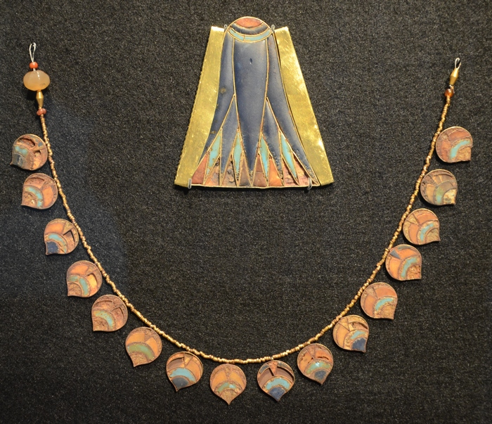 Saqqara, Jewelry from the age of Thutmose III