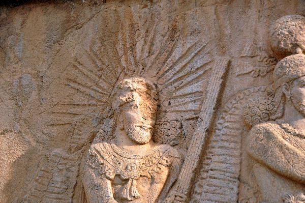 Taq-e Bostan, investiture relief of Shapur II, detail: Mithra