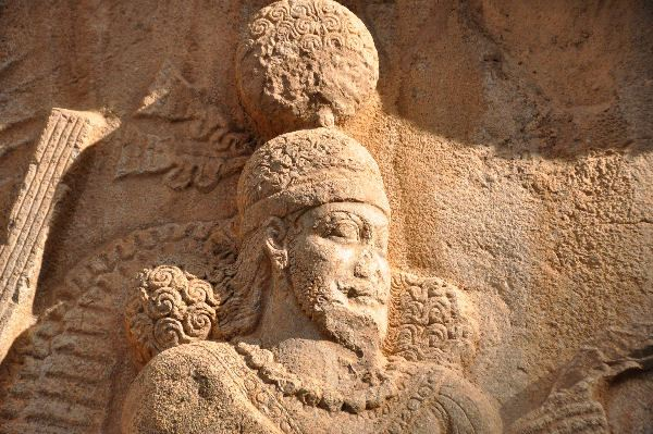 Taq-e Bostan, investiture relief of Shapur II, detail: Shapur