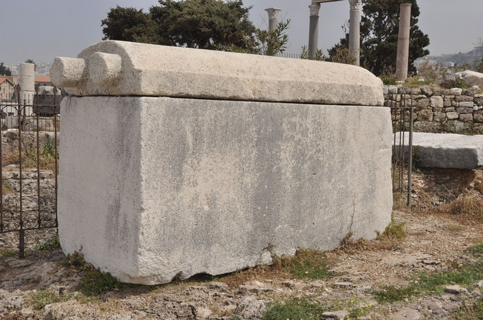 Byblos, Royal Tombs, Sarcophagus (1)