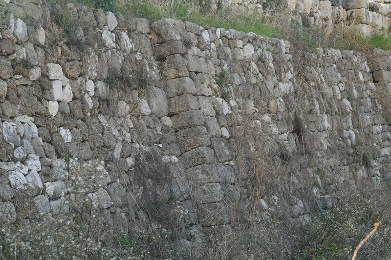 Byblos, Great Residence, Wall