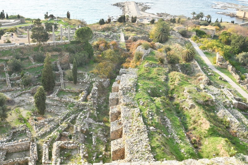 Byblos, Three walls