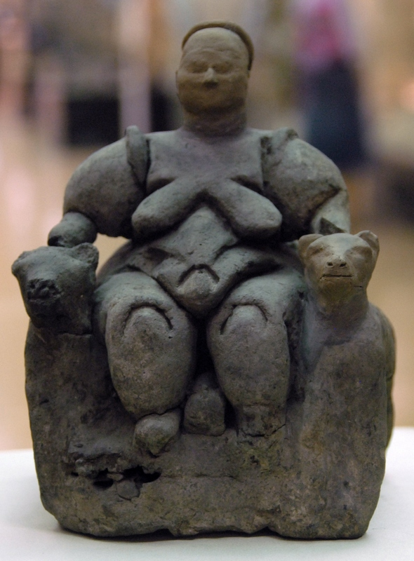 Çatalhöyük, Statuette of a woman with two felines
