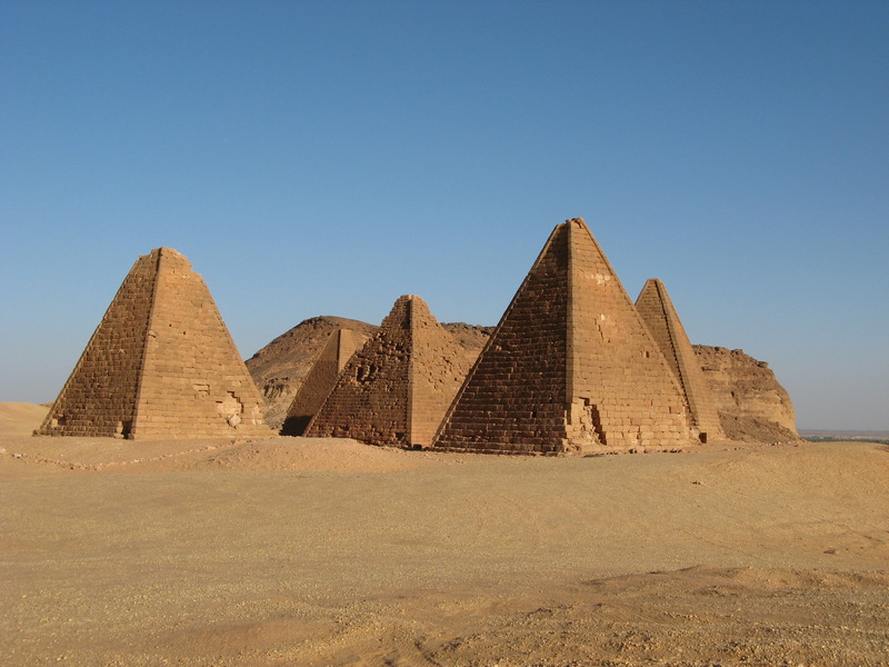 Gebel Barkal, Northern pyramids (1)