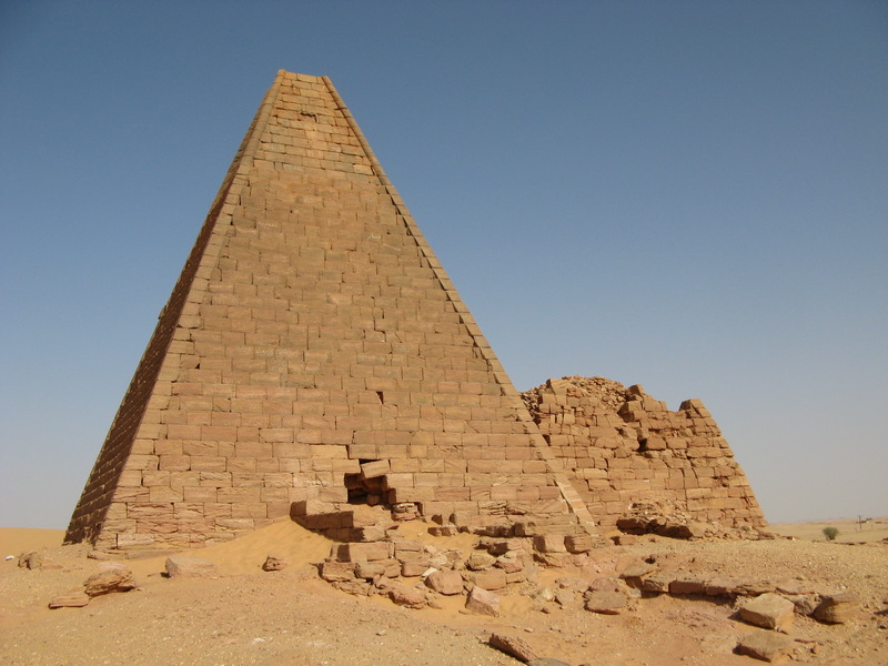 Gebel Barkal, Northern pyramids (2)