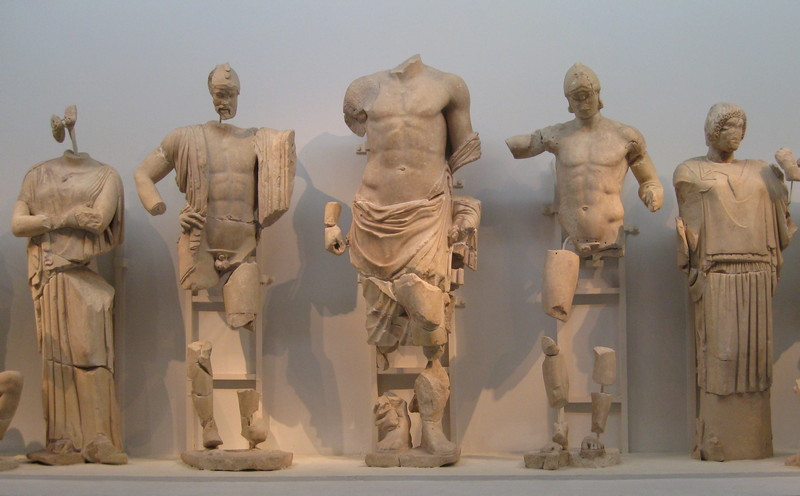 Olympia, Temple of Zeus, East Pediment, Oenomaus, Zeus, and Pelops