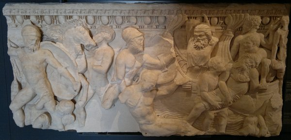 Sarcophagus with the Battle of Marathon, based on the painting in the Athenian Stoa Poikile.