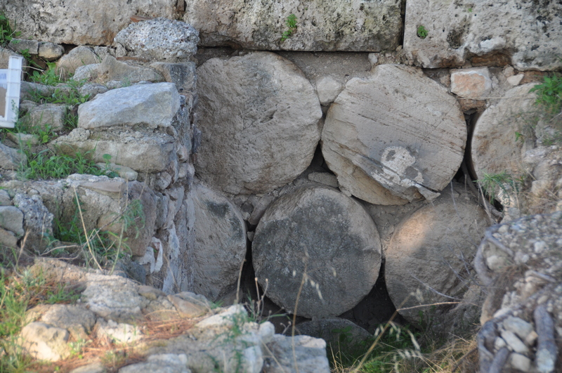 Isthmia, Hexamilion Wall, Drums