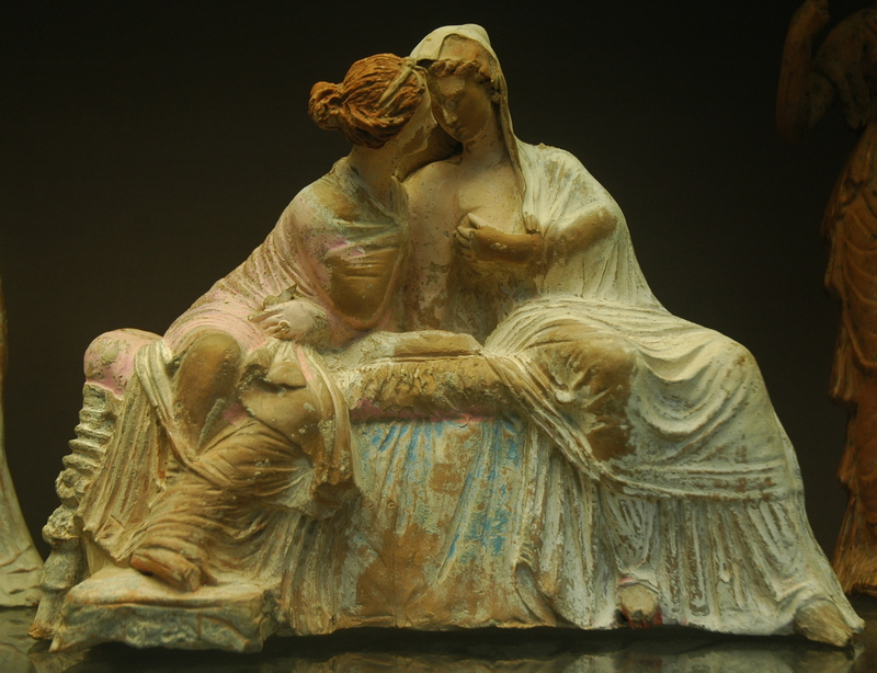 Myrina, Statuette of two chatting ladies (Demeter and Kore)