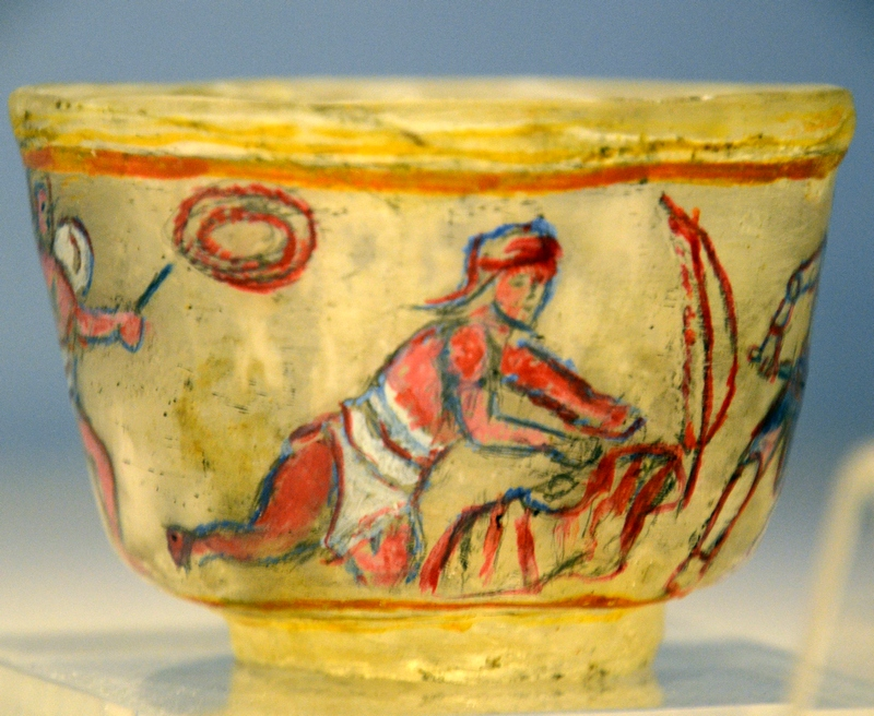 Icosium, Bab el-Oued cemetery, Glass bowl with the death of a gladiator
