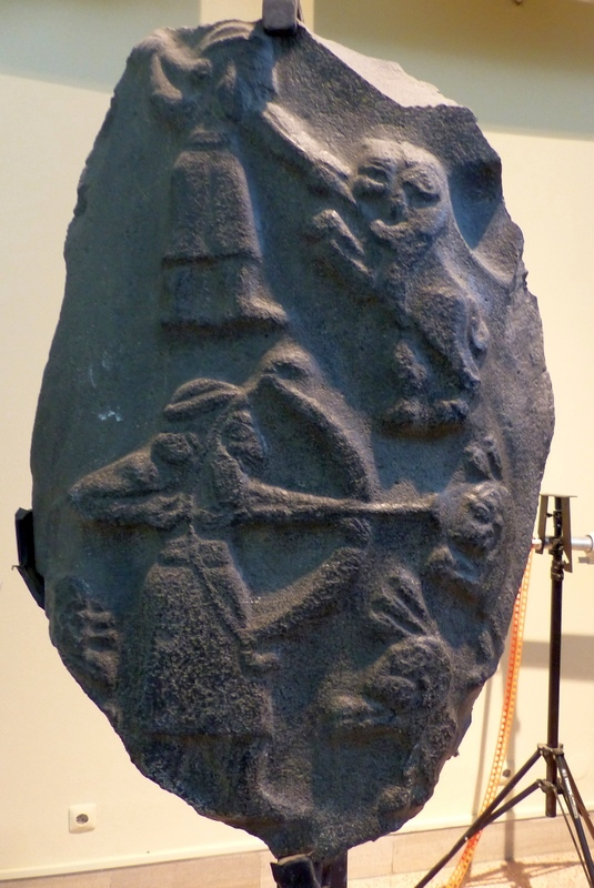Uruk, Relief of a hunter (Jamdat Nasr Period)