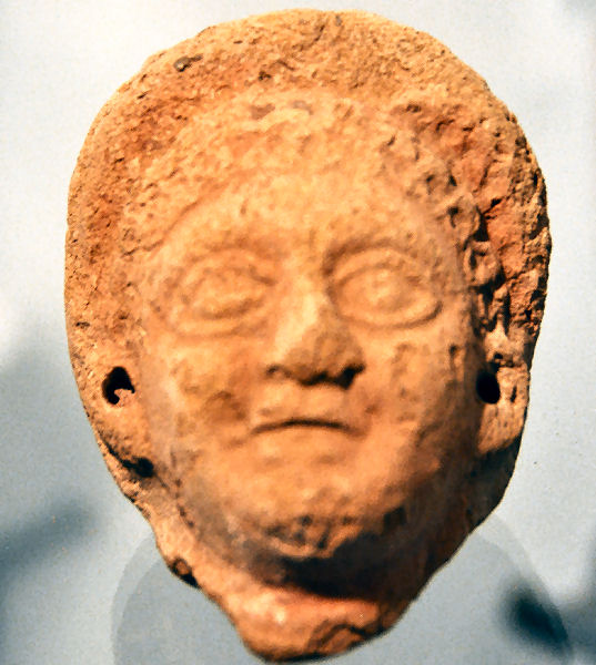 Aardenburg, terracotta head