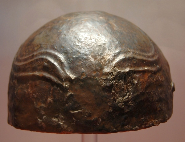 Krefeld, Roman helmet, adapted to Germanic taste