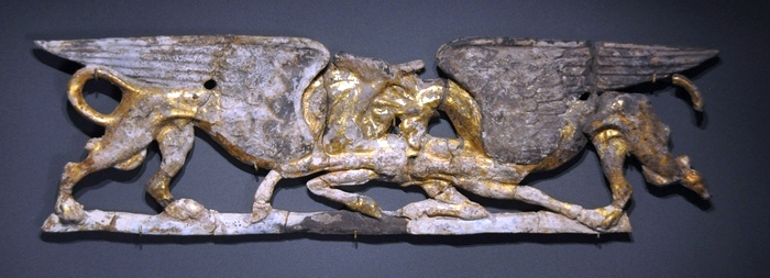 Pydna, Plaque of two griffins killing a stag