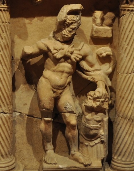 Perge, Heracles sarcophagi 10: Heracles and the Cattle of Geryon